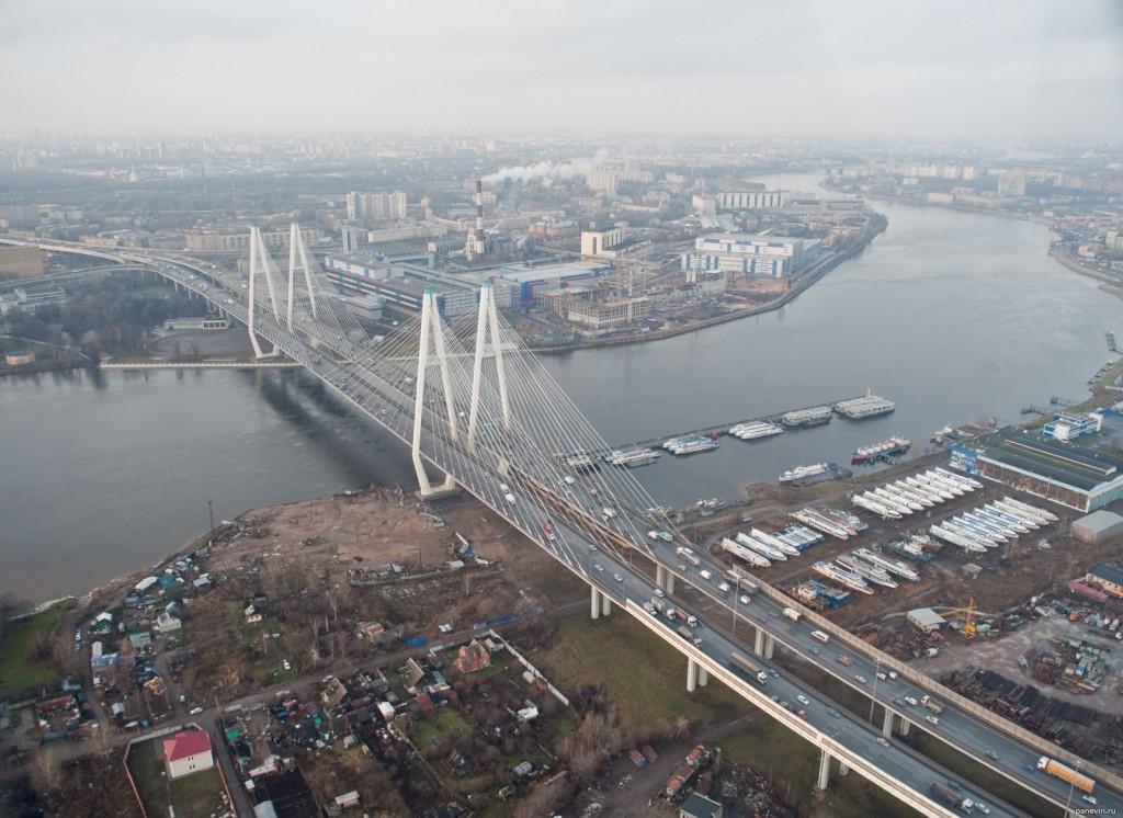 Обуховский вантовый мост в Петербурге